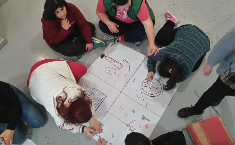Επίσκεψη στην έκθεση ζωγραφικής της καθηγήτριας καλλιτεχνικών του σχολείου μας Μονομάτου Ειρήνης